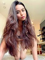 Soundarya-Sharma-selfie-at-home-2