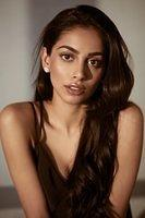 Banita-Sandhu-bollywood-model-5