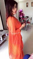 Beautiful-desi-lady-in-traditional-dress-20