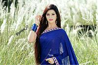 Beautiful-desi-lady-in-traditional-dress-21