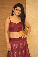 sumaya-choco-navel-show-in-red-blouse-26