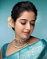 models-in-saree