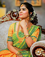 Amritha-Aiyer-bridal-look-2