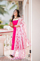 amritha-aiyer-beautiful-in-pink-salwar-13