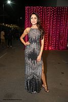 Pragya-Jaiswal-at-zee-awards-15