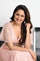 Pragya-Jaiswal-at-movie-meet-8