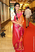 sneha-at-santhosam-awards-4