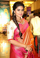 sneha-at-santhosam-awards-7