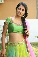 Nikita-Bisht-hot-navel-41