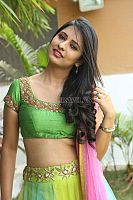 Nikita-Bisht-hot-navel-42