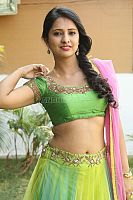 Nikita-Bisht-hot-navel-43