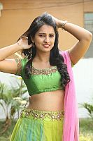 Nikita-Bisht-hot-navel-45
