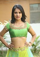 Nikita-Bisht-hot-navel-52