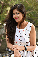 Shalu-Soni-gorgeous-in-white-dress-8