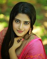 Shehna-Noushad-exciting-desi-beauty-18