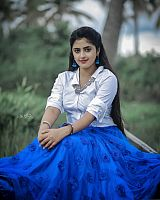 Shehna-Noushad-exciting-desi-beauty-24