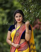 Shehna-Noushad-exciting-desi-beauty-4