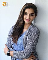 sowmya-menon-mallu-actress-17