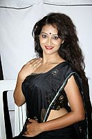 Bhanu-Hot-Photo-Stills-4