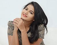 Tanusha-hot-photoshoot-5