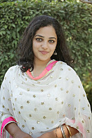 nithya-menon-smiling-beauty-0
