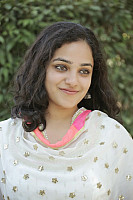 nithya-menon-smiling-beauty-4