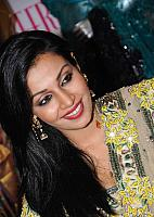 Asha-Saini-Photo-Stills-2