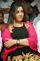 meena-chubby-face-photo-5