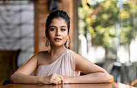 sampada-hulivana-gorgeous-hd-photo-12