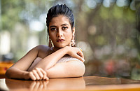 sampada-hulivana-gorgeous-hd-photo-13