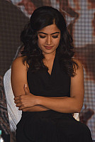rashmika-mandana-in-dark-green-outfit-11