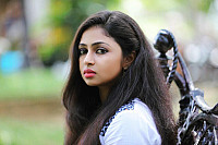 arundhathi-nair-actress-photo-23