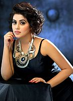 Poorna-cute-actress-1