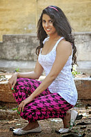 sravya-reddy-latest-hot-and-spicy-picture-9