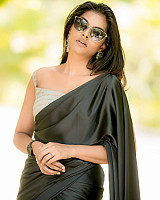 subalakshmi-rangan-in-black-saree-17