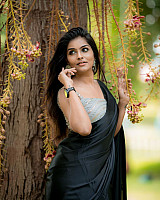 subalakshmi-rangan-in-black-saree-2