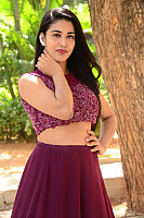 Daksha-Nagarkar-red-lips-24