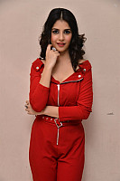 Kashish-Vohra-red-hot-71