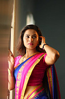 san-riyah-in-saree-2