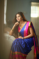 san-riyah-in-saree-4