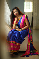 san-riyah-in-saree-6
