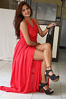sravani-nikki-red-hot-beauty-10