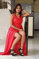 sravani-nikki-red-hot-beauty-16