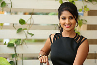 meghana-lokesh-glamourous-photoshoot-stills-0