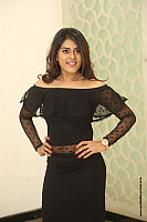 naira-shah-hottie-in-black-outfit-21