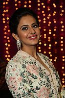 Rakul-Preet-Singh-at-zee-awards-8