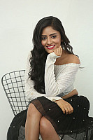 Sanya-Sinha-hot-navel-in-black-skirt-9