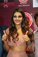 nidhhi-agerwal-launches-chocolate-room-hitech-city-11